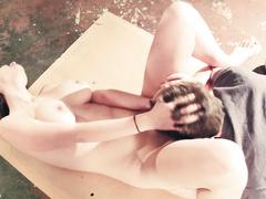 Девушка получает шикарный куннилингус от своего парня