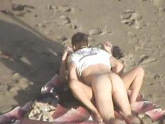Очень горячий день на нудийском пляже