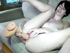 Сексуальные игрушки для дырочек брюнетки