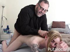 Пастор снял порнушку с молодой девахой
